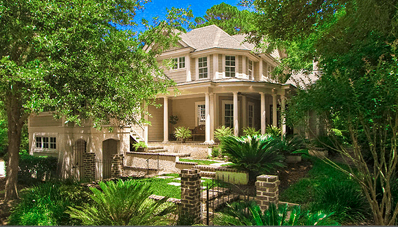 With 6 bedrooms/6.5 baths, Switchgrass, an Inspirato property at Hilton Head is perfect for travel with friends.