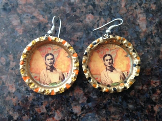 My Frida Kahlo earrings