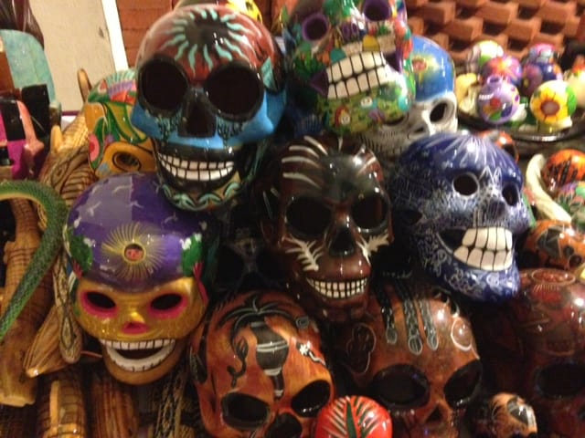masks What to buy in Huatulco (Mexico)