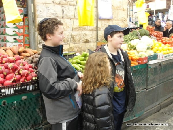 ISRAEL Jerusalem MahaneYehudaMarket22 600pix Great markets travel bloggers love to visit