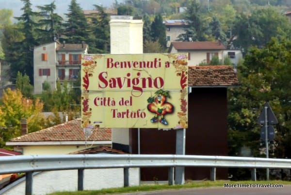 "A welcome sign at the ""City of Truffles"""