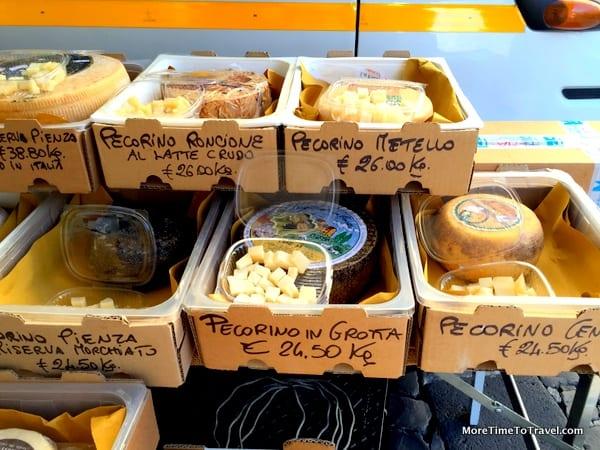 Market Visit: Piazza del Popolo Market in Orvieto, Italy