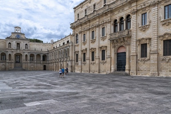 Lecce: Known for its stunning Baroque architecture