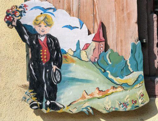 Best Day Trip from Strasbourg - Alsatian wall plaque