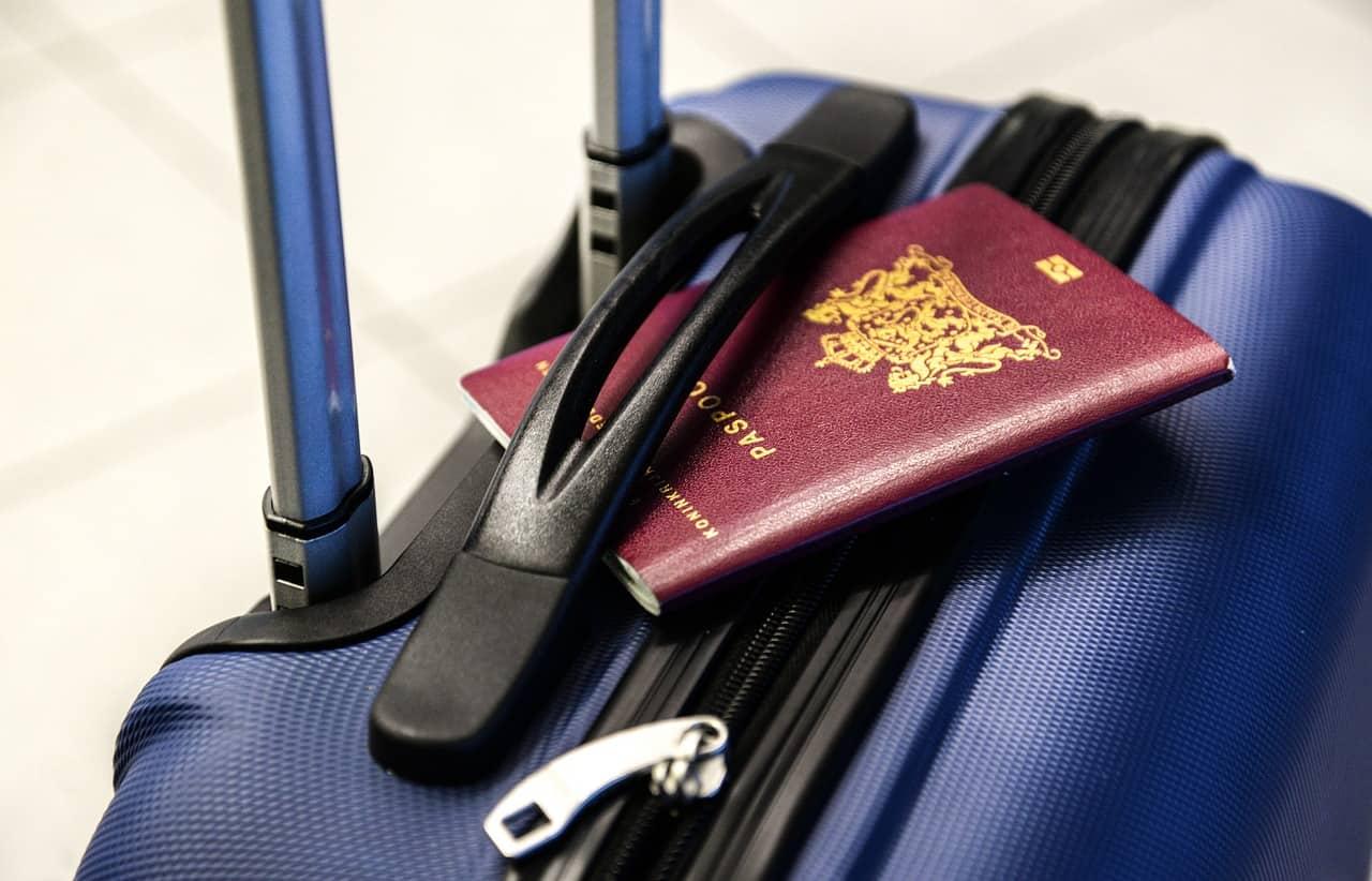 Travel gift ideas (Credit: Pixabay)