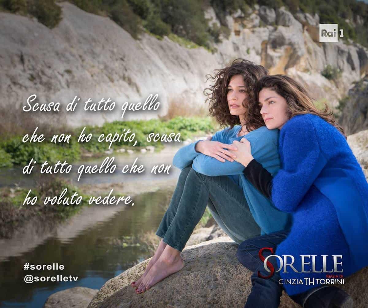 Sorelle TV miniseries: Elena and Chiara in Materahi